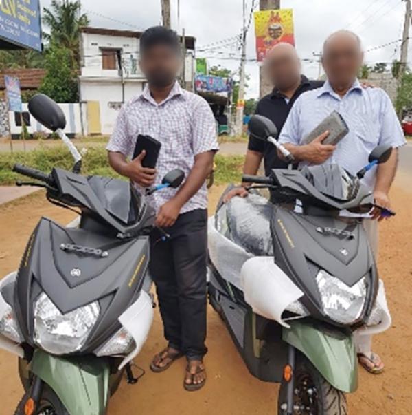 스리랑카 목회자들이 이슬람 성전주의자들과 불교 민족주의자들의 반대에도 불구하고 적극적으로 복음을 전하고 있다.
