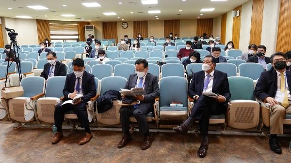 제1회 탈북민교회 통일준비포럼 참석자들