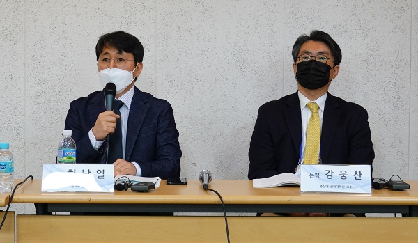 """허남일 목사(왼쪽)는 """"탈북민 공동체와 탈북민 성도들이 스스로 북한선교를 위해 부름받은 소명자라는 사실을 인정하며 살아갈 때, 한국교회도 선교적 관점으로 보게 될 것""""이라고 말했다."""