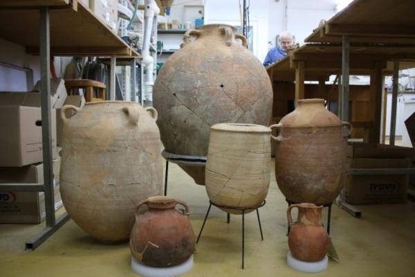 성경 아모스서에 기록된 지진 증거로 밝혀진 유물들